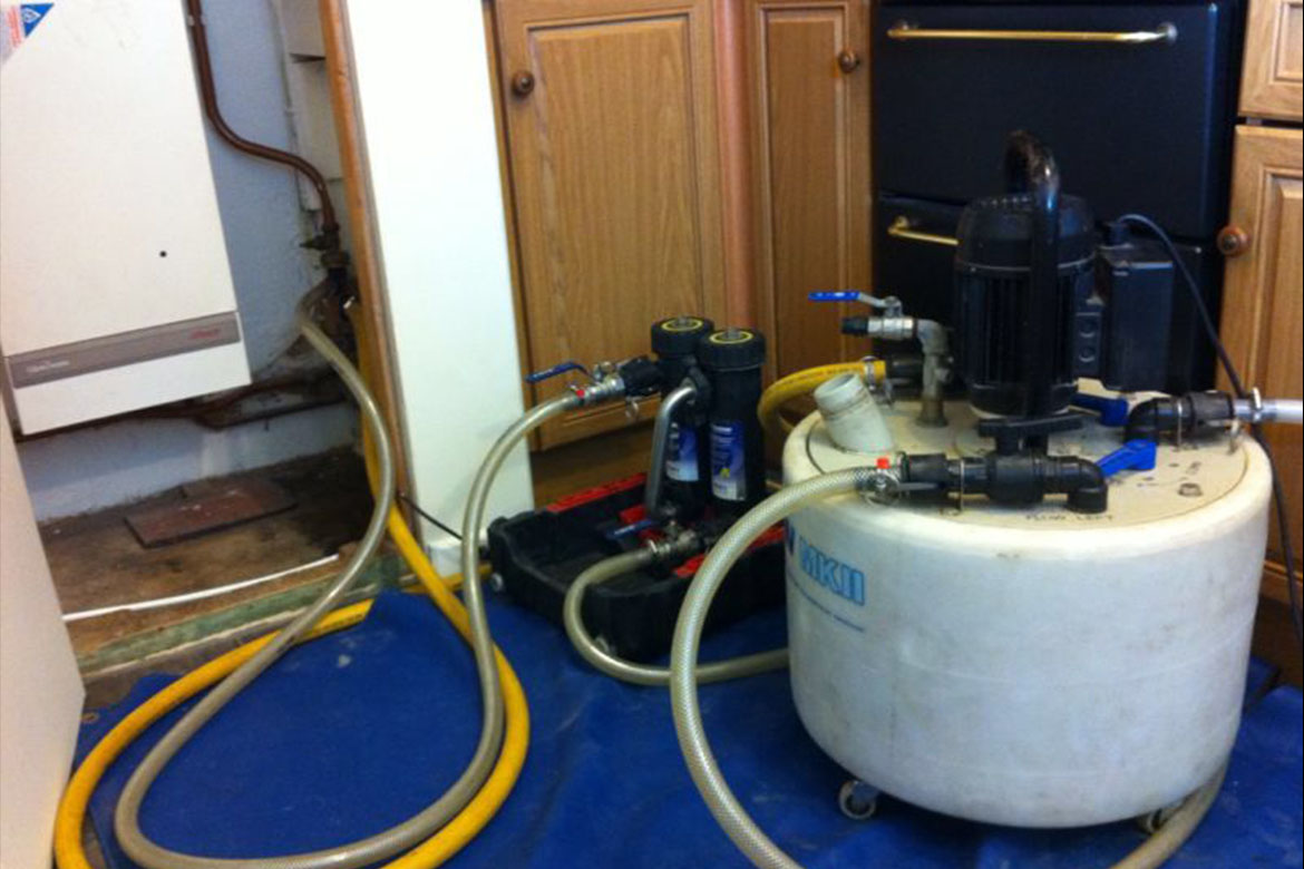 Power flushing a central heating system