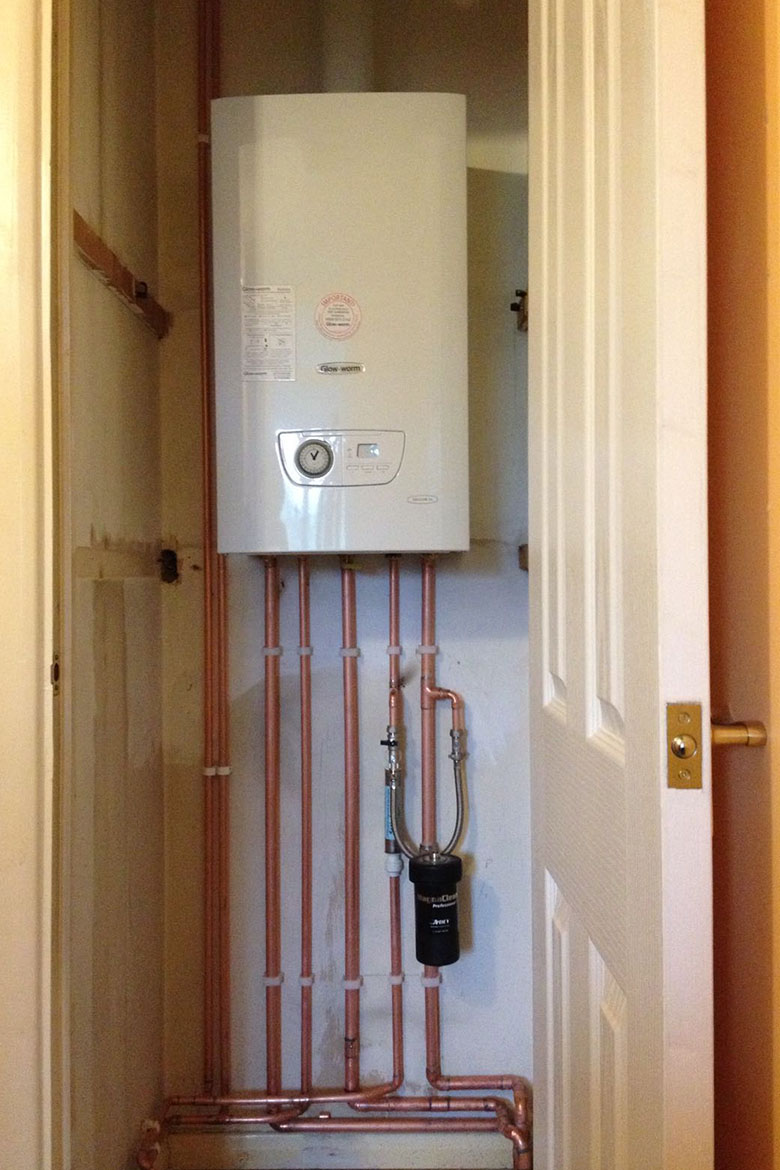 glow worm boiler installation in Portsmouth by Gas Safe Register plumbers